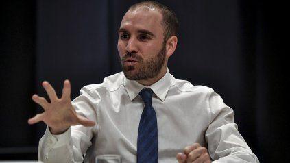 Guzmán justificó las medidas para dejar de perder reservas