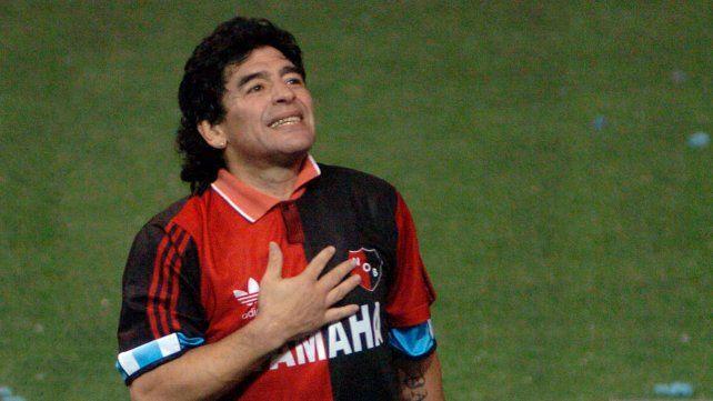 Diego y su amor por la rojinegra, que se puso luego del partido de showbol el 20 de mayo del 2006 ante Colombia.