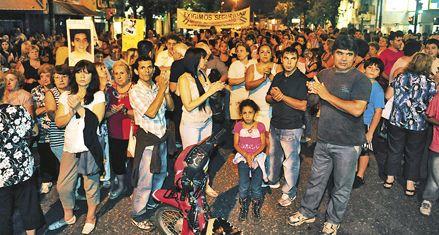 Masivo y doloroso pedido de justicia por el homicidio de Nicolás Varela
