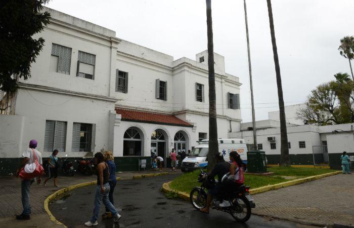 Una de las víctimas de robo debió ser atendido en el Hospital Roque Sáenz Peña. (Foto: Celina Mutti Lovera / La Capital)