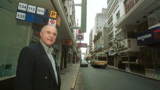 En marzo de 2001 Lifschitz es nombrado secretario municipal de Servicios Públicos y el transporte será el gran tema a resolver.