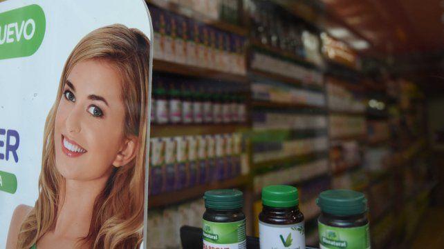 Nutricionistas alertan sobre productos que promocionan los famosospara quemar grasas