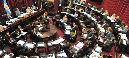 El Senado iniciará la discusión sobre Aerolíneas con la visita de Jaime