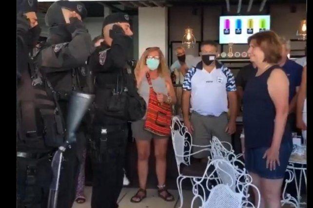 La jefa del PRO pidió que no haya represalias contra los policías.