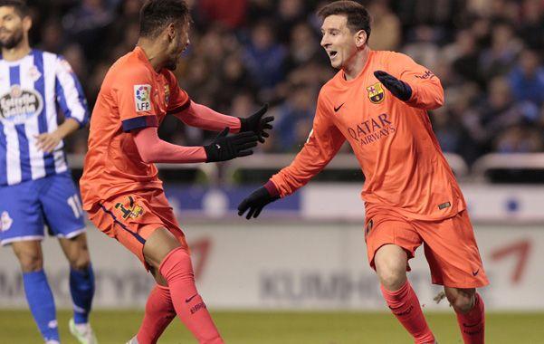 Messi fue determinante con sus tres tantos en la goleada de Barcelona ante  La Coruña.