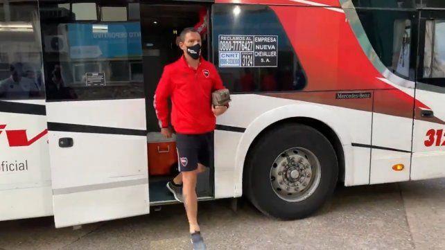 Llegó el plantel de Newells al estadio y está todo preparado para enfrentar a Talleres