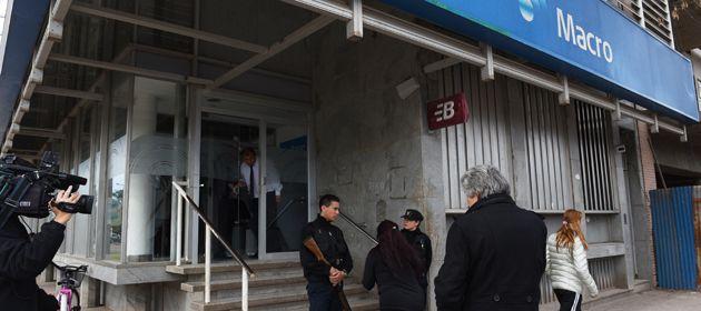La sucursal del Banco Macro de Roldan fue asaltada el pasado 8 de julio. (Foto: C. Mutti Lovera)
