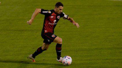 Maxi Rodríguez jugó por última vez ante Sarmiento por la Liga Profesional en mayo pasado.