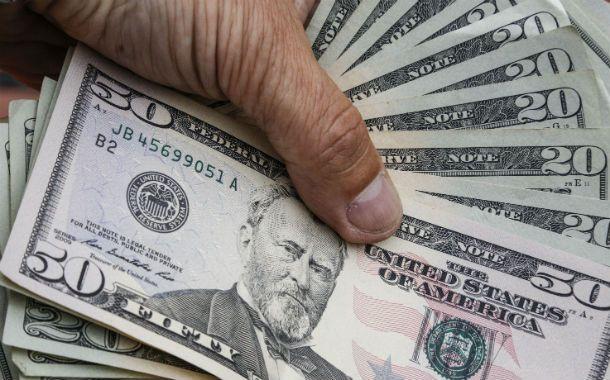 Especulación. El dólar blue gana terreno en el debate político.