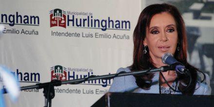 Cristina pidió seguir el legado de Belgrano que eligió defender la patria