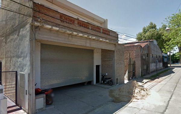 El taller de calle 26 de Agosto. (imagen: captura de Street View)