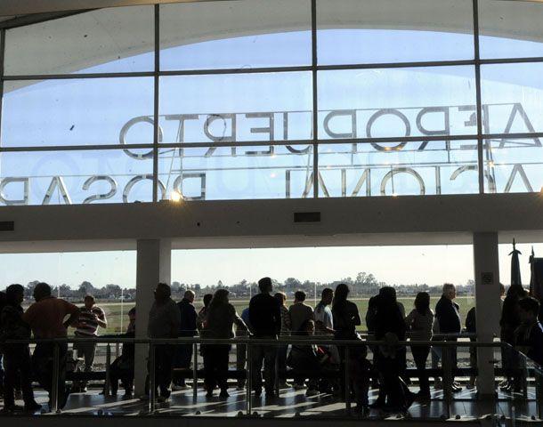 El aeropuerto de Rosario no opera desde las 6.30 de la mañana.