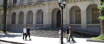 Autoridades de Derecho también rechazan las intimidaciones y amenazas hacia Lamberto y Vienna