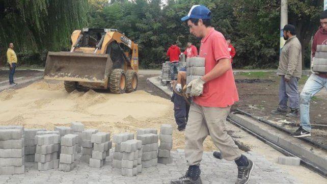 En marcha. Las obras se ejecutan sobre calle Catamarca.