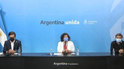 Carla Vizzotti en conferencia de prensa junto a sus pares de la ciudad de Buenos Aires, Fernán Quirós, y de la provincia de Buenos Aires, Nicolás Kreplak, donde dieron a conocer los primeros resultados del estudio sobre combinación de vacunas