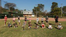 En Paraná los chicos disfrutan de la vuelta al diamante
