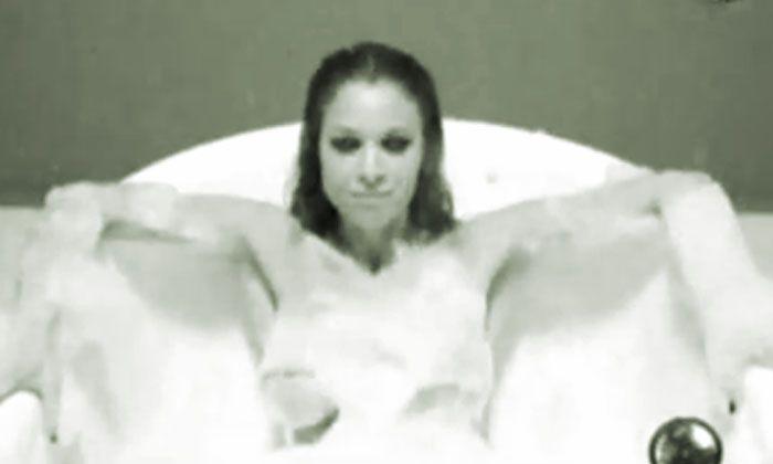 Sensual portfolio de Julieta Ortega despertó suspiros en Sábado Bus
