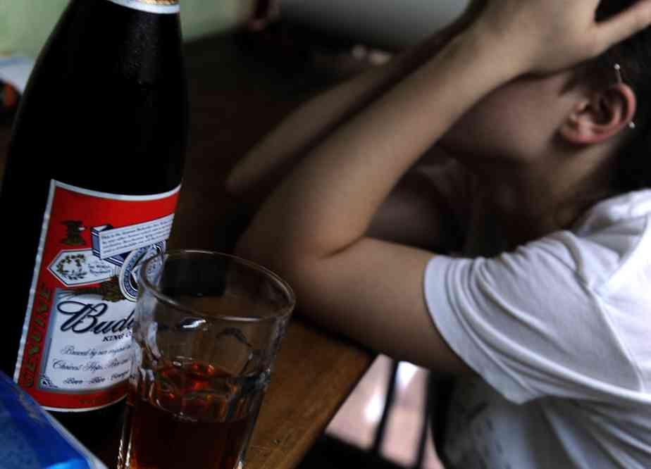 La venta de alcohol a menores y adultos está reglamentada por ordenanza municipal