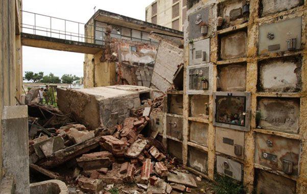 El pabellón 126 se vino abajo. La intensa lluvia provocó un socavón a la estructura que ya estaba dañada.
