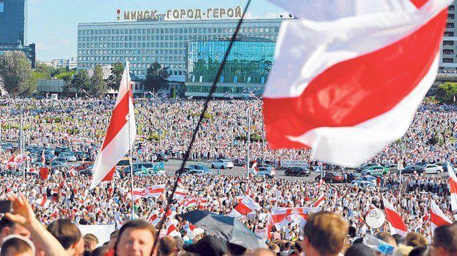 protesta. Los ciudadanos de Minsk volvieron a copar la capital.