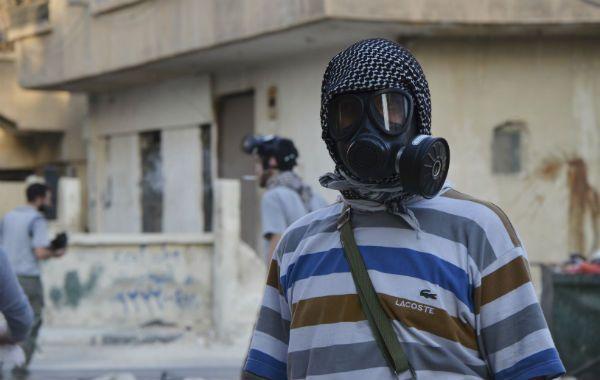 Tras el ataque con armas químicas en un suburbio de Damasco aparecieron las máscaras de gas.
