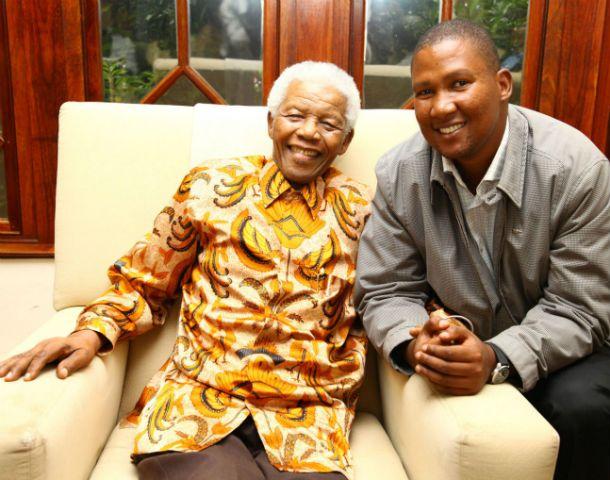 Puja. Mandela quería enterrar a su abuelo en Mvezo