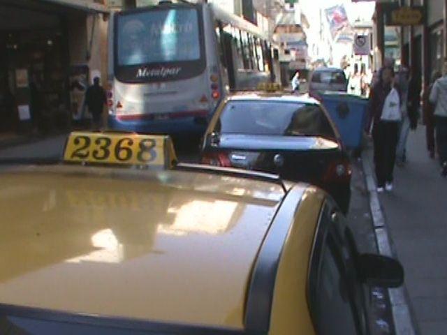 Los taxistas pedirán una suba de la tarifa que podría llegar al 20 %