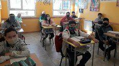 La presidenta de la Sociedad Argentina de Pediatría sostuvo que No es necesario que los docentes estén totalmente vacunados para volver a la presencialidad en las aulas.