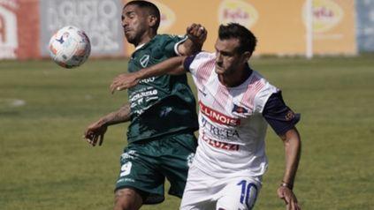 La manija charrúa. Lucas Bracco es la usina del fútbol que tiene el equipo de barrio Tablada.