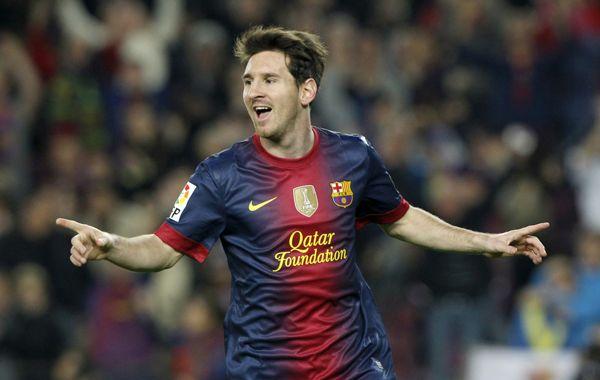El crack rosarino festeja uno de sus dos goles del sábado ante Zaragoza.