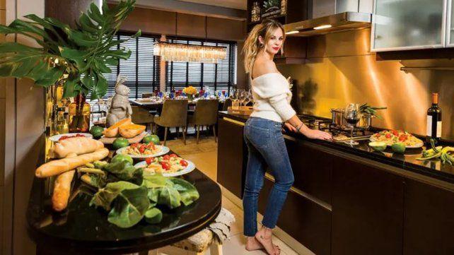 Cómo es el penthouse que Yanina Screpante le reclama al Pocho Lavezzi