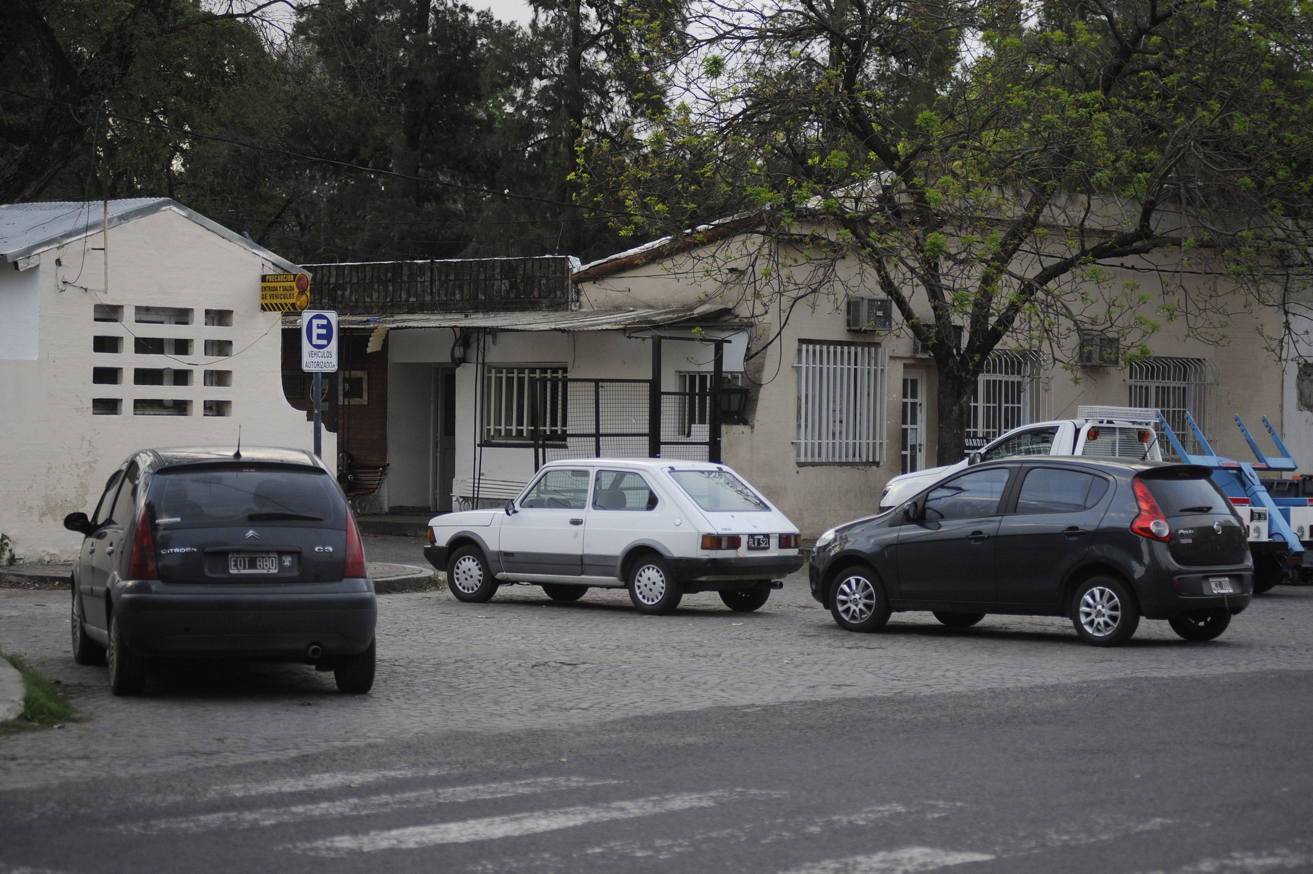 Su mujer condujo el auto hasta el corralón municipal y después le cobraron el inexistente acarreo por la grúa.