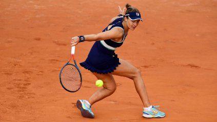 A sus 24 años, la rosarina Nadia Podoroska podría enfrentar a la menor de las Williams, de 39 y leyenda viva del tenis mundial.