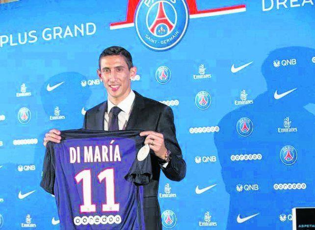 Fideo. El rosarino dejaría París y se mudaría a Barcelona como compañero de Messi.