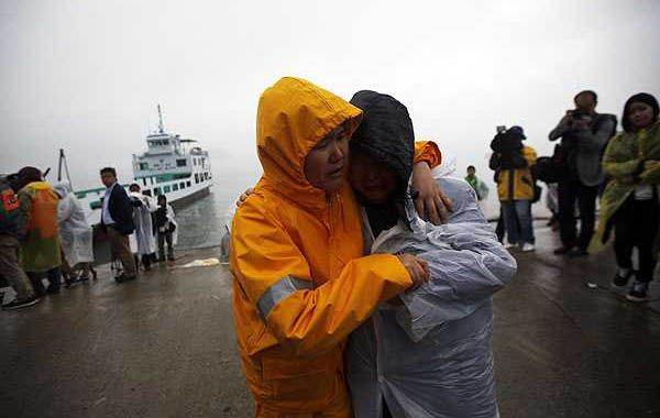 La Fiscalía acusó al capitán de haber abandonado el barco. (Foto: Reuters)
