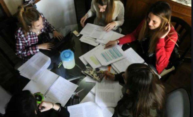 Los grupos de lectura: una vieja costumbre universitaria que vuelve con la pandemia