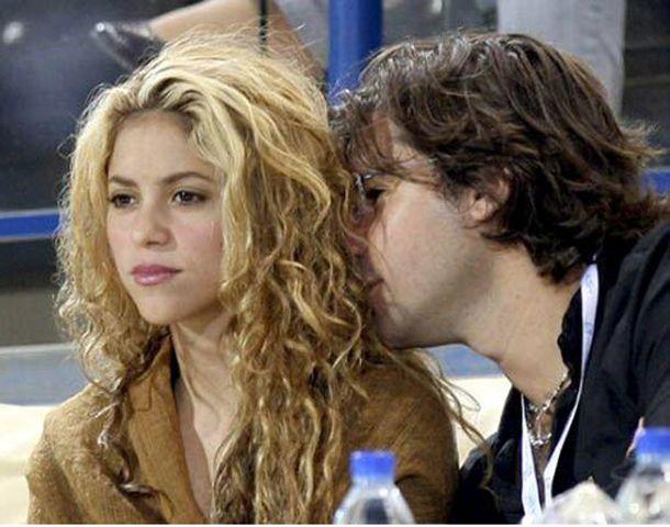 Shakira tuvo un largo noviazgo con el hijo del ex presidente argentino.