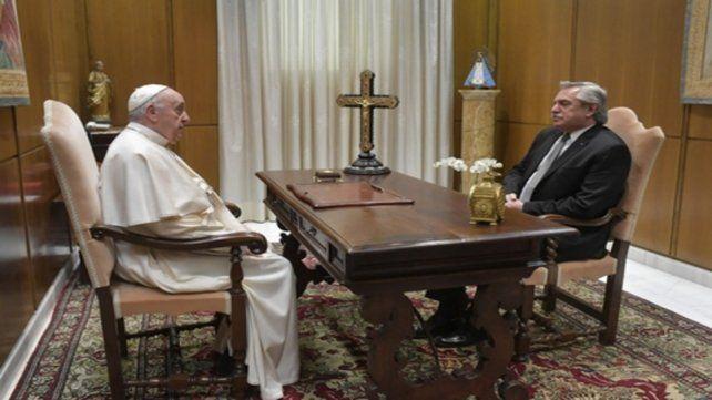 Cumbre. El Papa Francisco recibió al presidente Fernández.