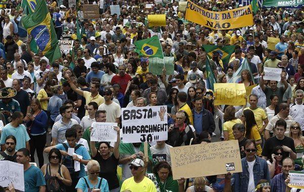 Pedidos de justicia. El escándalo en Petrobras indignó a los brasileños.