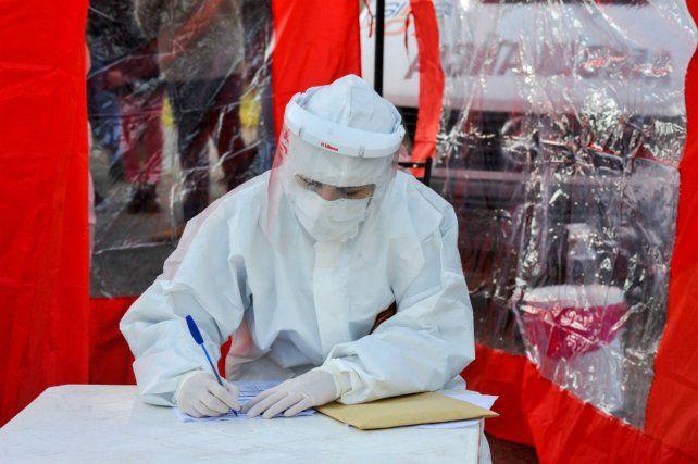 Una mujer murió esta noche en Rosario por coronavirus