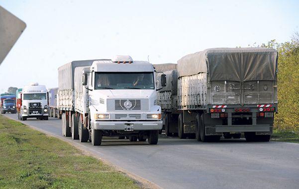 Reclamo. Más de 200 mil camiones se paralizarán durante la protesta.