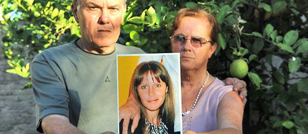 Desde el 18 de septiembre de 2011 no se sabe donde está Paula Perassi. Sus padres apelaron a distintos medios para hallarla.
