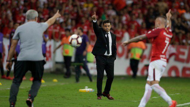 No habla. El técnico Marcelo Gallardo.