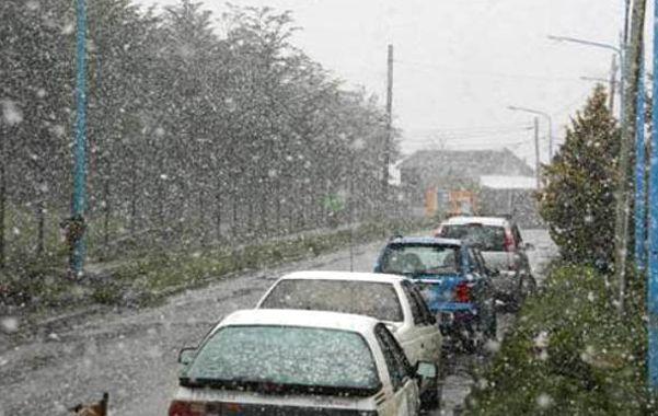 De ensueño. La precipitación no fue copiosa pero alcanzó para cambiar el panorama de la ciudad del fin del mundo.
