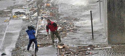 El temido huracán Gustav perdió fuerza al tocar tierra en EEUU