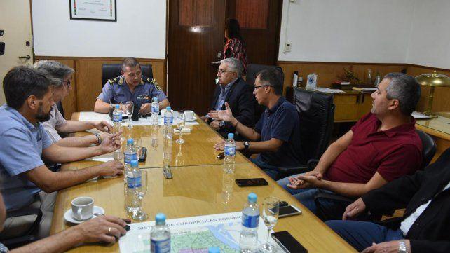 El jefe de la policía se comprometió a reforzar la vigilancia en los centros comerciales