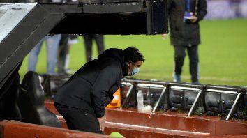 ¿Último juego? Germán Burgos no logró cautivar a los hinchas y su figura quedó en el medio de las críticas más allá de que las responsabilidades son compartidas.