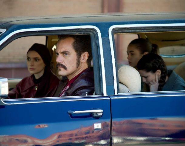 Padre de familia. Michael Shannon y Winona Ryder como Kukinskli y su esposa. La armonía funcionó a pesar del horror que escondía el esposo.