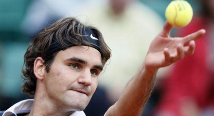 Federer sigue firme, derrotó a González y juega en semi con el francés Monfils