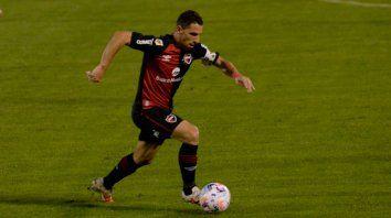 Maxi Rodríguez no volará rumbo a Asunción con el plantel.